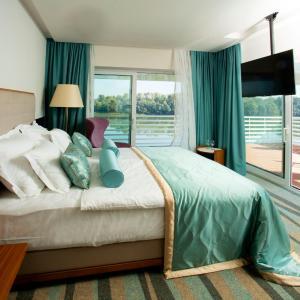 Hotellikuvia: Hotel Navis, Orašje