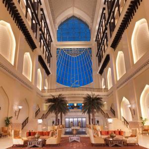 Фотографии отеля: Bab Al Qasr Hotel, Абу-Даби