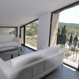 Hotel Pictures: Apartamentos Las Moradas, La Ginebrosa