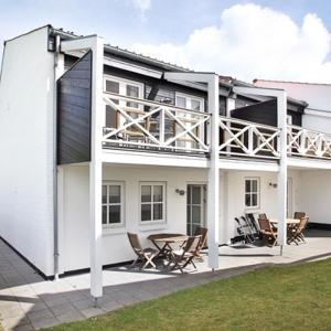 Hotel Pictures: Holiday Home Tannisbugtvej, Terpet
