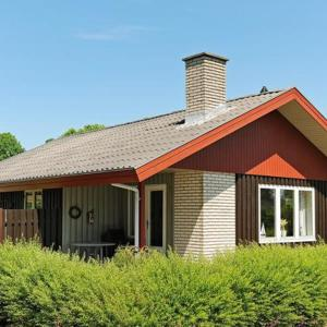 Hotel Pictures: Holiday Home Vesteragegyden II, Brunshuse