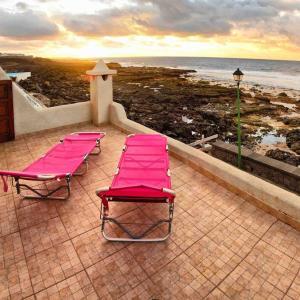 Hotel Pictures: La Casa Azul de la Santa, La Santa