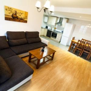 Hotel Pictures: Apartamentos Sierra de Gudar, Gúdar