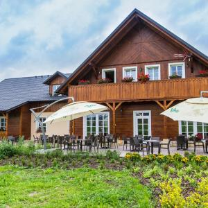 Hotel Pictures: Pivnice ve Dvorci - Jítrava, Rynoltice