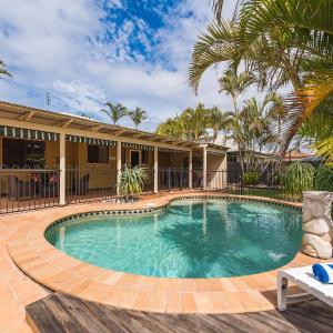 Hotellikuvia: Marcoola Dunes, Pet Friendly Holiday House, Sunshine Coast, Marcoola