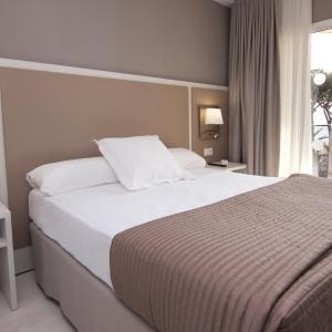 Hotel Pictures: Estival Centurión Playa, Cambrils