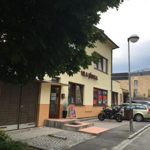 Hotel Pictures: Vila Jiřinka, Luhačovice