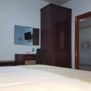 Hotel Pictures: White City Inn, Gaborone