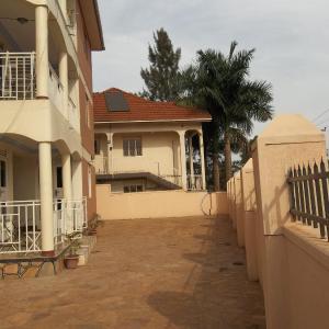 Zdjęcia hotelu: Brown Apartments, Kampala