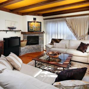 Hotel Pictures: Apartamento Amets de Aran, Vielha
