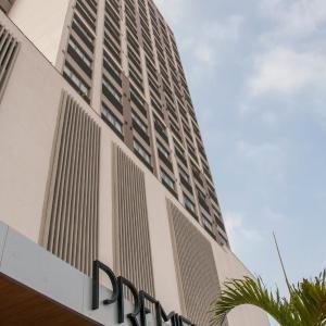 Hotel Pictures: Promenade Premier Queimados, Queimados