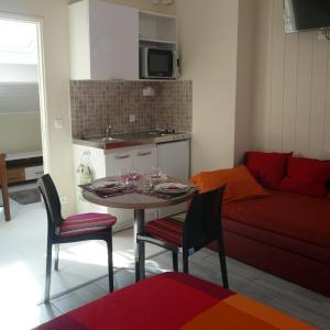 Hotel Pictures: Appartdufort, Meulan