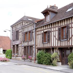 Hotel Pictures: Logis Le Tadorne, Piney