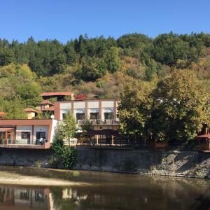 Hotellikuvia: Bon Bon Struma Hotel, Boboshevo