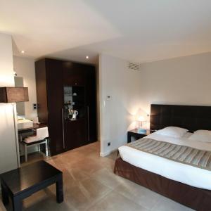 Hotel Pictures: L'Orangerie, Tassin-la-Demi-Lune