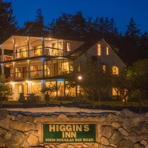 Hotel Pictures: Higgin's Inn, Brew Bay