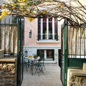 Hotel Pictures: Villa Ribot, Paris