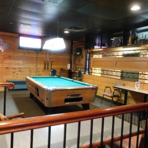 Hotel Pictures: Casey's Inn, Lac du Bonnet