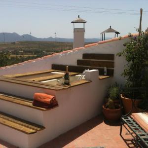 Hotel Pictures: Holiday home Casa Niwalas, Nigüelas