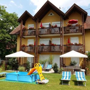 Fotos do Hotel: Appartement Landhaus Felsenkeller, Sankt Kanzian