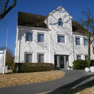 Фотографии отеля: meerzeit Hotel, Куксхафен