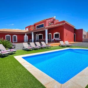 Hotel Pictures: Villa Ada, Tetir