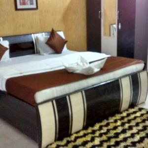 Hotellbilder: BSS_Exotica_Near BKC, Mumbai