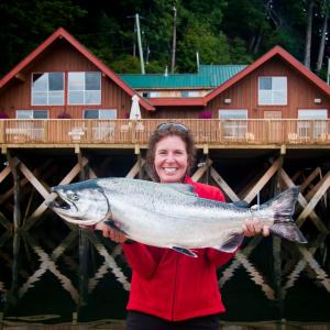 Hotel Pictures: Walters Cove Hotel, Kyuquot