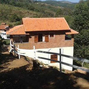 Hotel Pictures: Chalé Lírio dos Vales, Conceição da Ibitipoca