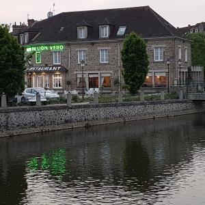 Hotel Pictures: Le Lion Verd, Pont-Écrepin