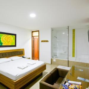 Hotel Pictures: Hotel Monarca, Itagüí