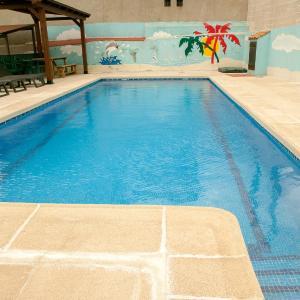 Hotel Pictures: La Tahona Vieja, El Barraco