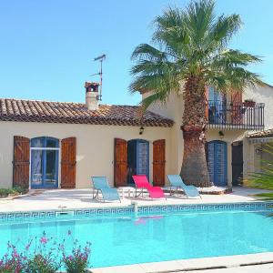 Hotel Pictures: Holiday home Fourques, Roquebrune-sur-Argens