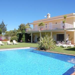 Hotel Pictures: Holiday home Casa D En Serra, Portinatx