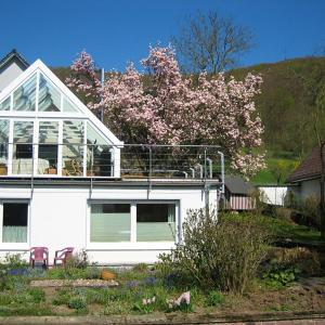 Hotel Pictures: Holiday home Weserbergland, Bad Pyrmont