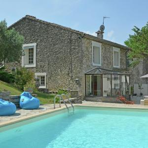 Hotel Pictures: Holiday home Les Clos De Coulouvres 2, Brouzet