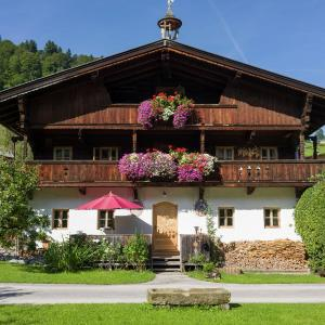 Hotel Pictures: Holiday home Schmiedhof, Niederau