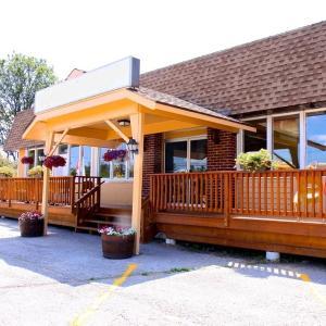 Hotel Pictures: Mazinaw Inn Motel, Cloyne