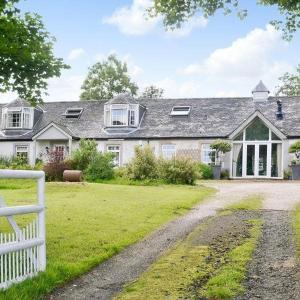 Hotel Pictures: Meadowland Farm, Dunlop