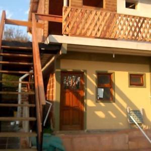 Hotel Pictures: Alojamiento Alicia, Jardín América