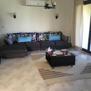 Hotel Pictures: Villa at Marassi - Verona, El Alamein