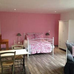 Hotel Pictures: L'Oreade, Amfreville-sur-Iton