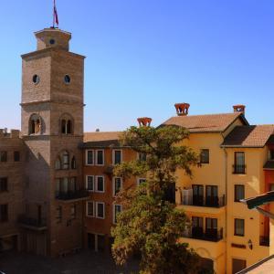 Hotel Pictures: Torrepueblo, Benavídez