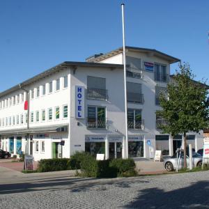 Hotel Pictures: Hotel Fresh INN, Unterhaching