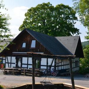 Hotel Pictures: Holiday home Xavers Ranch 3, Meschede