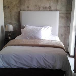 Hotel Pictures: Unit 415 Duncan Court, Pretoria