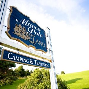 Hotel Pictures: Marco Polo Land Campground, Cavendish