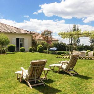 Hotel Pictures: Villa La Preze 10, Roussines