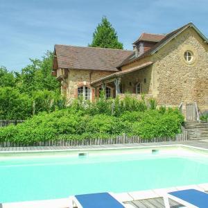 Hotel Pictures: Maison La Guichardie, Saint-Médard-d'Excideuil