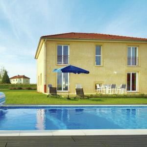 Hotel Pictures: Maison De Vacances - Billemont, Verdun-sur-Meuse